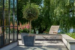 Květináč BETON CONIC 40x40cm stewart - vše pro venkovní posezení na zahradě a na terase