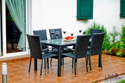 Zahradní jídelní set ratanový 6+1 AVVICENTE černá
