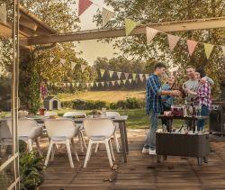 BEVBAR Keter - vše pro venkovní posezení na zahradě a na terase
