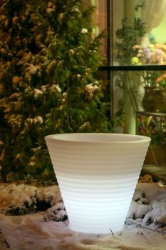 Venkovní svítící květináč Afrika 105 - vše pro venkovní posezení na zahradě a na terase
