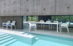 Venkovní křeslo Net relax bílá Nardi - vše pro venkovní posezení na zahradě a na terase