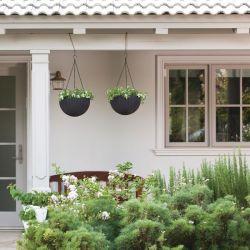 květináč HANGING SPHERE hnědý Keter - vše pro venkovní posezení na zahradě a na terase
